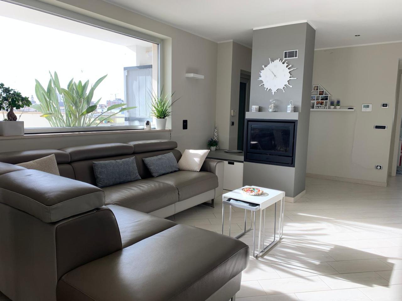 Appartamento in vendita a Casamassima, 5 locali, prezzo € 255.000 | PortaleAgenzieImmobiliari.it