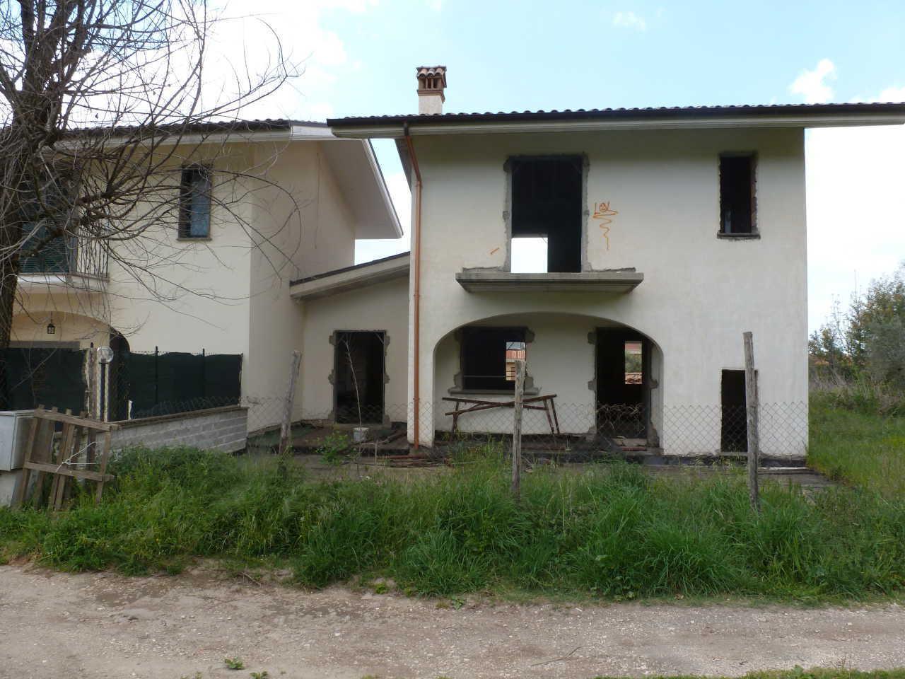 Villetta a schiera in vendita Rif. 9389176