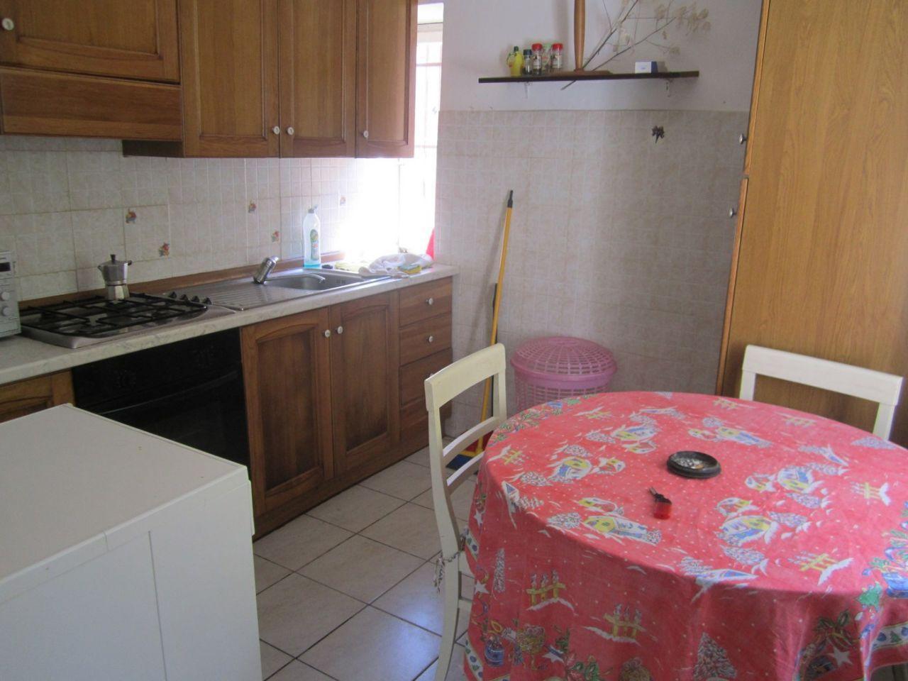 Soluzione Semindipendente in affitto a Beverino, 4 locali, prezzo € 350   PortaleAgenzieImmobiliari.it