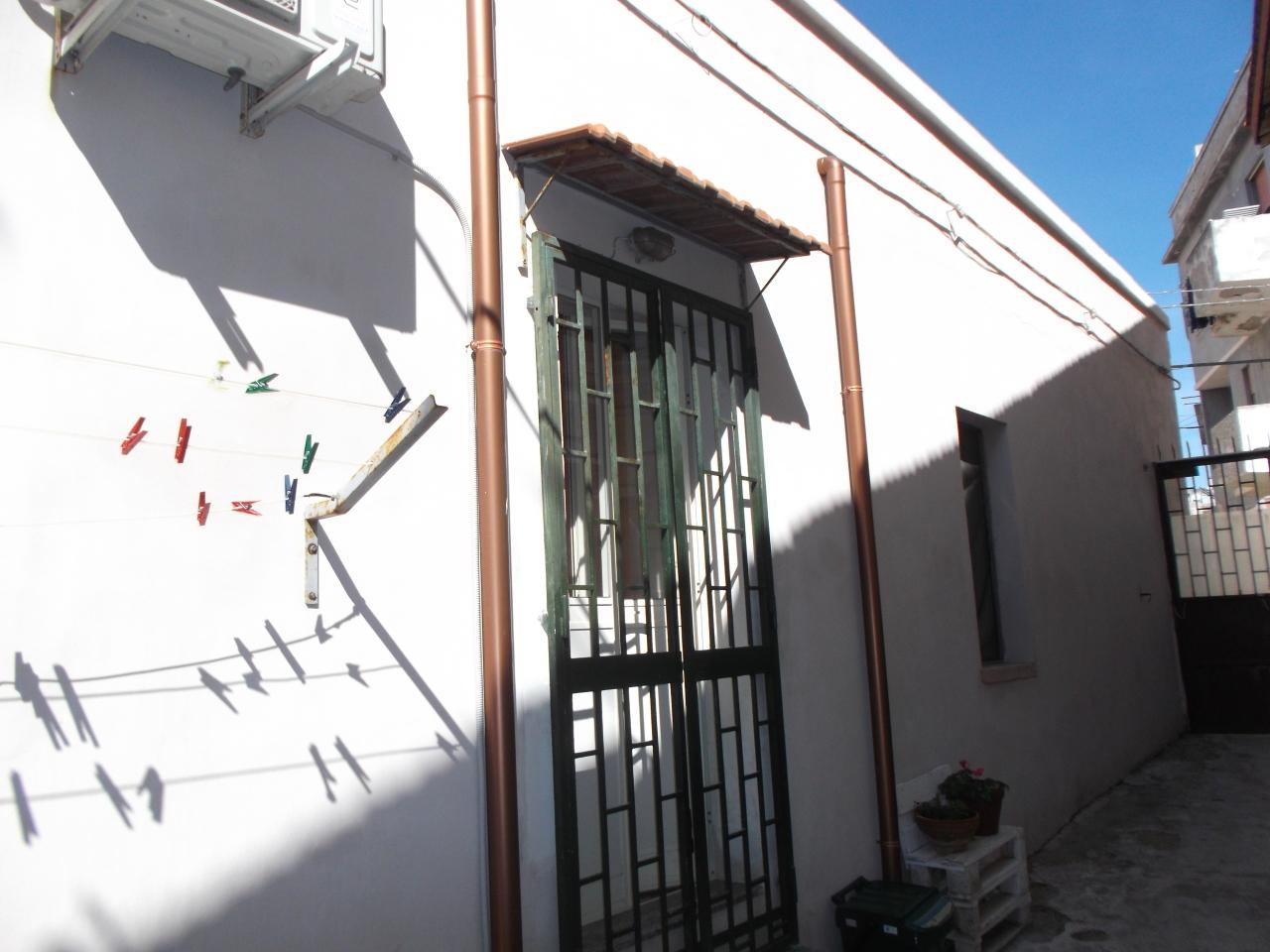 Casa Indipendente in buone condizioni in vendita Rif. 9794473