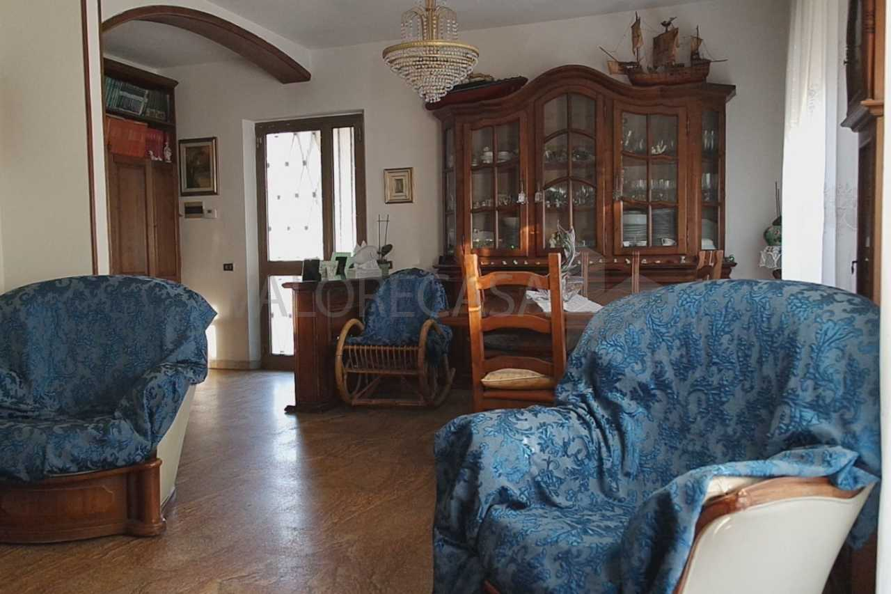 Porzione di casa da ristrutturare in vendita Rif. 9612266