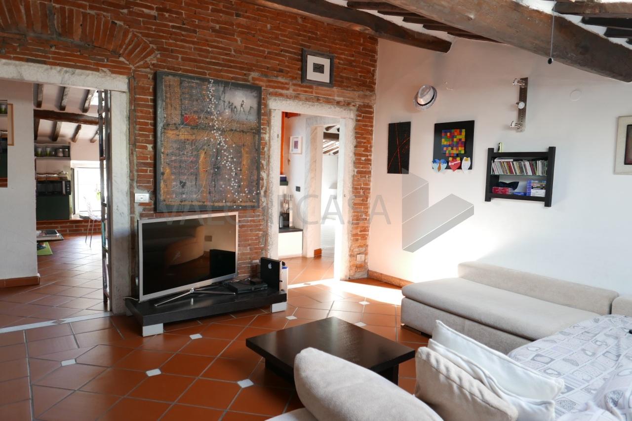 Appartamento - Mansarda a Carrara