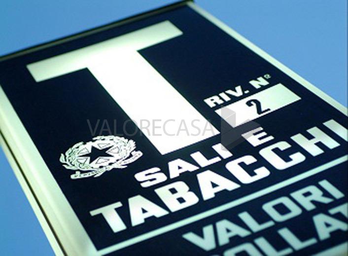Tabaccheria Cartoleria Giochi a Carrara Rif. 5492001