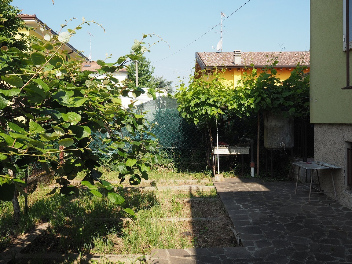 Codice th 088 indipendente villa in vendita a castiglione - Agenzie immobiliari castiglione delle stiviere ...