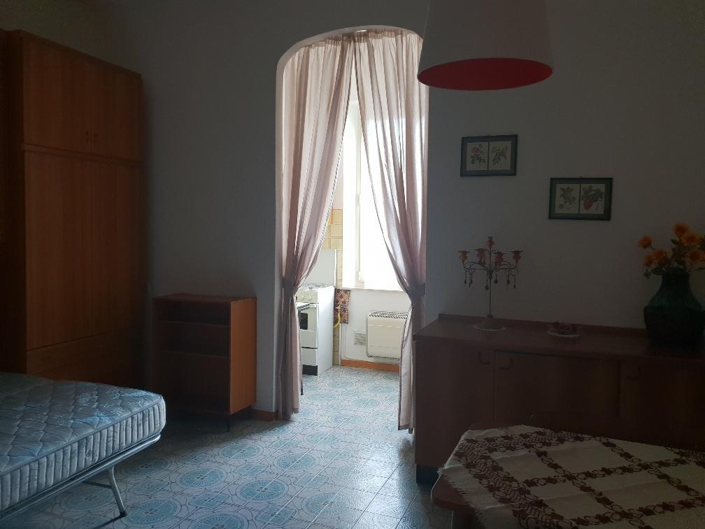 Appartamento in affitto a Varano de' Melegari, 1 locali, prezzo € 350   CambioCasa.it