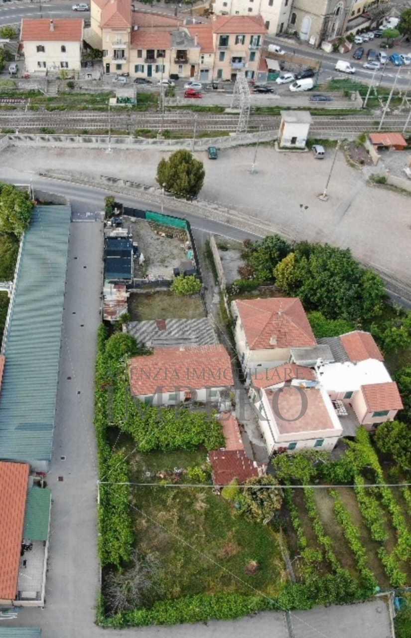Casa - Indipendente a Nervia, Ventimiglia