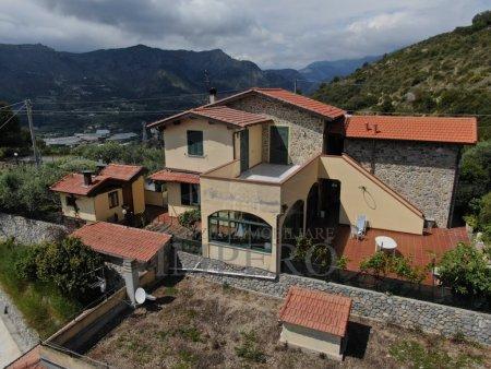 Villa, Camporosso - Magauda