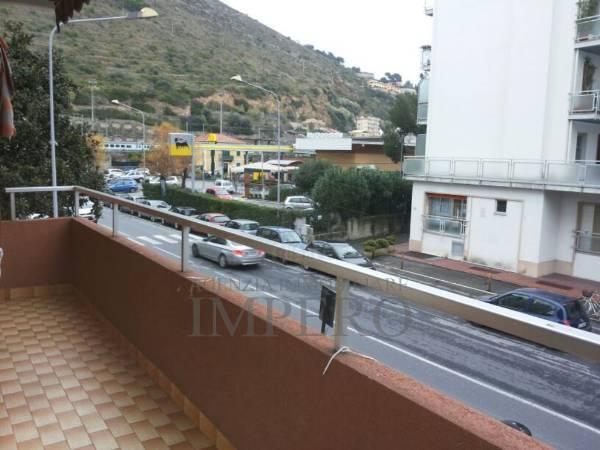 Appartamento in vendita a Ventimiglia, 4 locali, prezzo € 265.000 | PortaleAgenzieImmobiliari.it