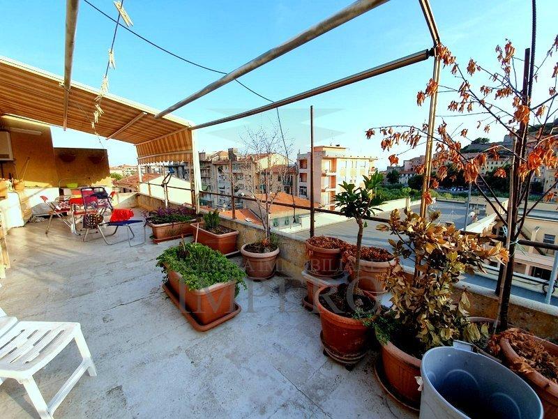 Attico / Mansarda in vendita a Ventimiglia, 4 locali, prezzo € 250.000 | PortaleAgenzieImmobiliari.it