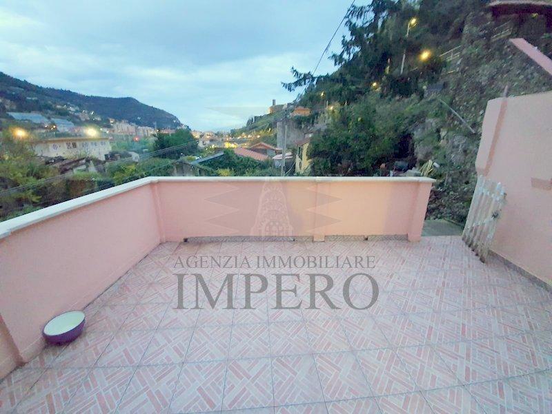 Appartamento - Trilocale a Peglia, Ventimiglia
