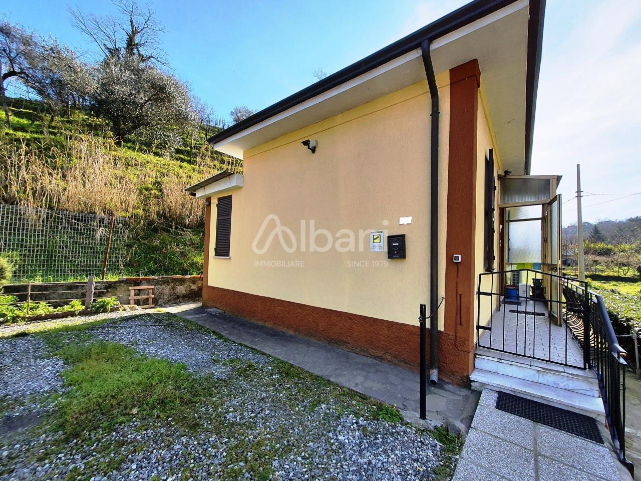 Soluzione Indipendente in vendita a Vezzano Ligure, 3 locali, prezzo € 115.000 | PortaleAgenzieImmobiliari.it