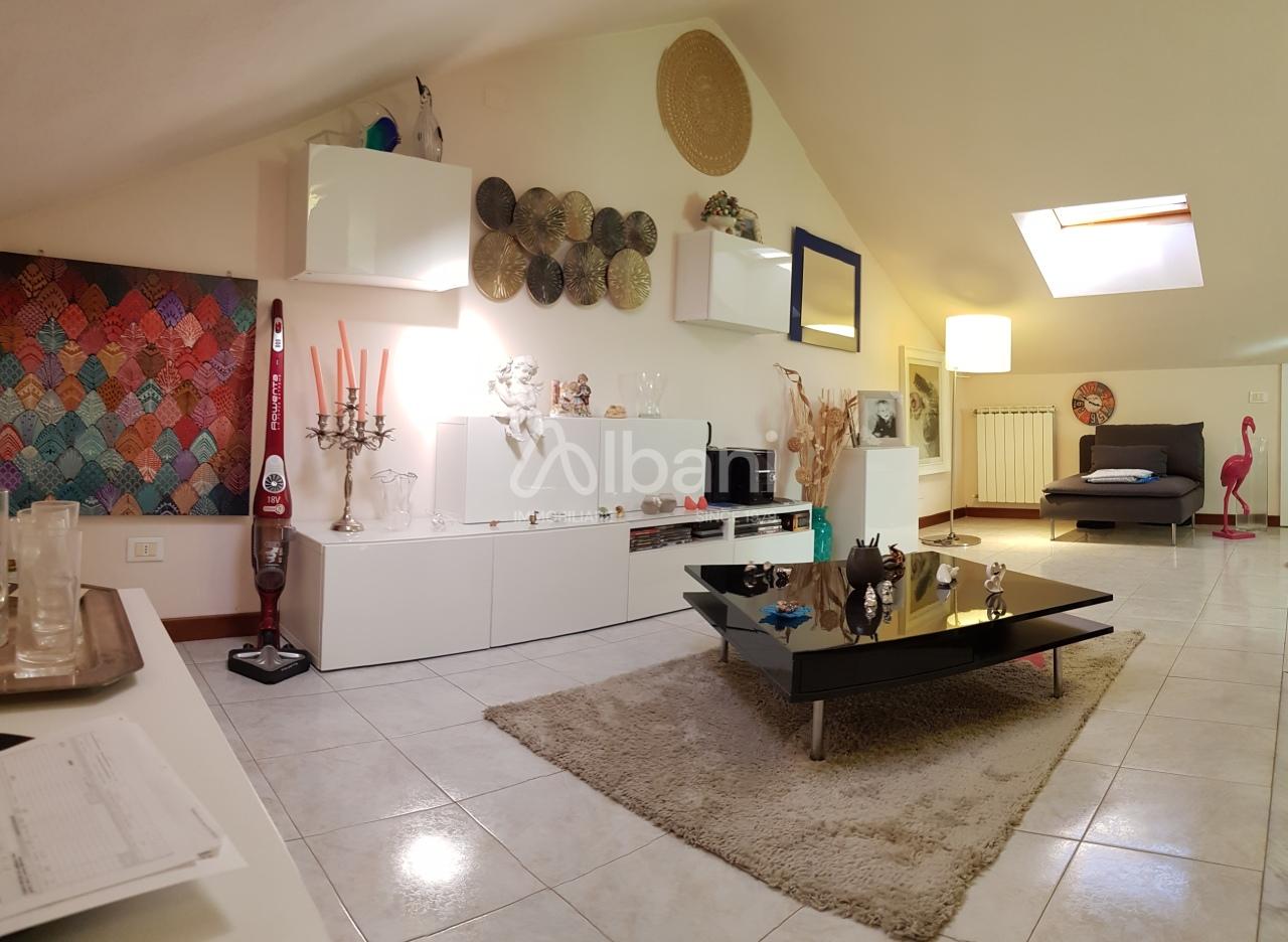 Appartamento in vendita a Vezzano Ligure, 5 locali, prezzo € 175.000 | PortaleAgenzieImmobiliari.it