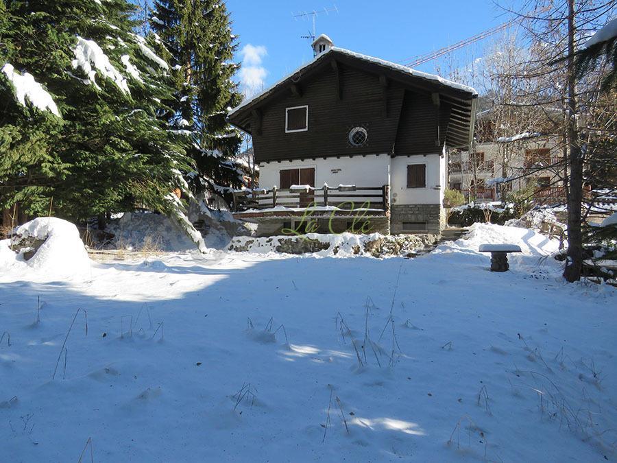 Villa in discrete condizioni arredato in vendita Rif. 4153945