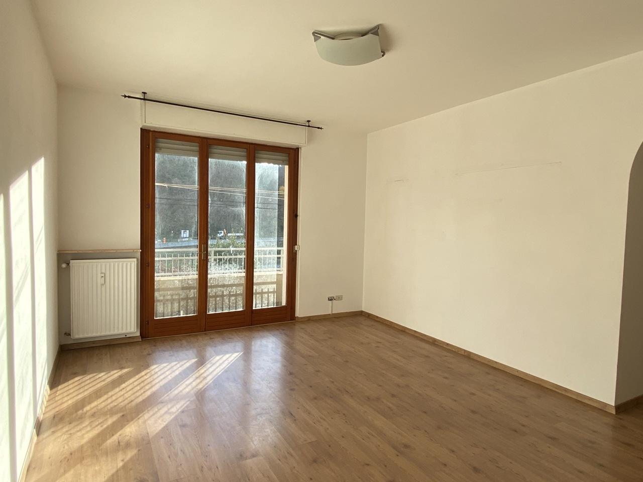Appartamento in affitto a Casarza Ligure, 3 locali, prezzo € 500 | CambioCasa.it