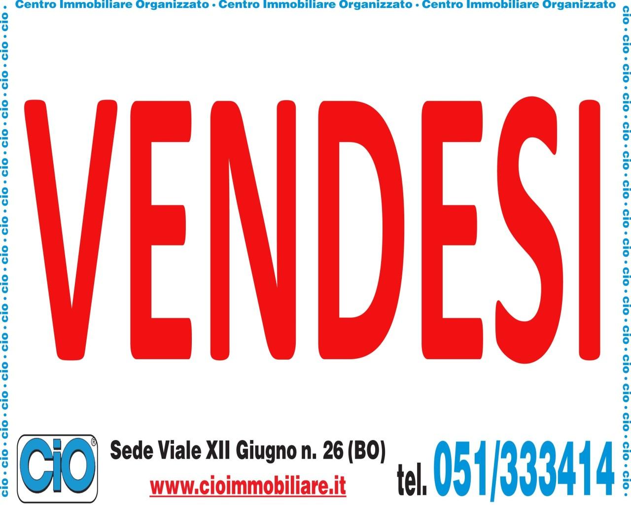 Appartamento in discrete condizioni in vendita Rif. 8947860