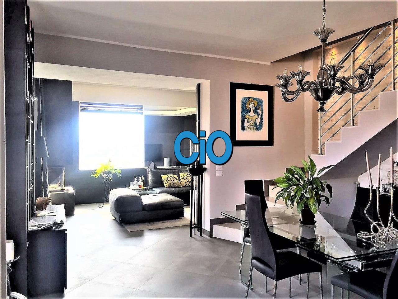 Porzione di casa in ottime condizioni in vendita Rif. 9841428