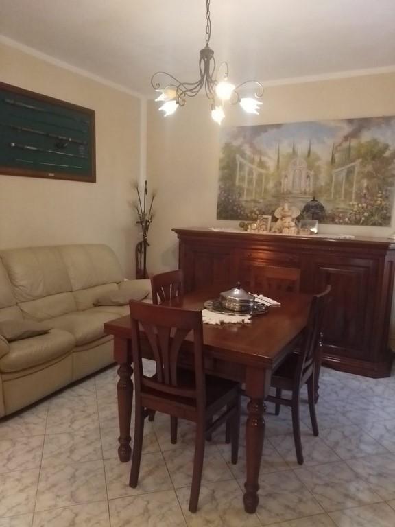 Villa a Schiera in vendita a Licciana Nardi, 5 locali, prezzo € 129.000   PortaleAgenzieImmobiliari.it