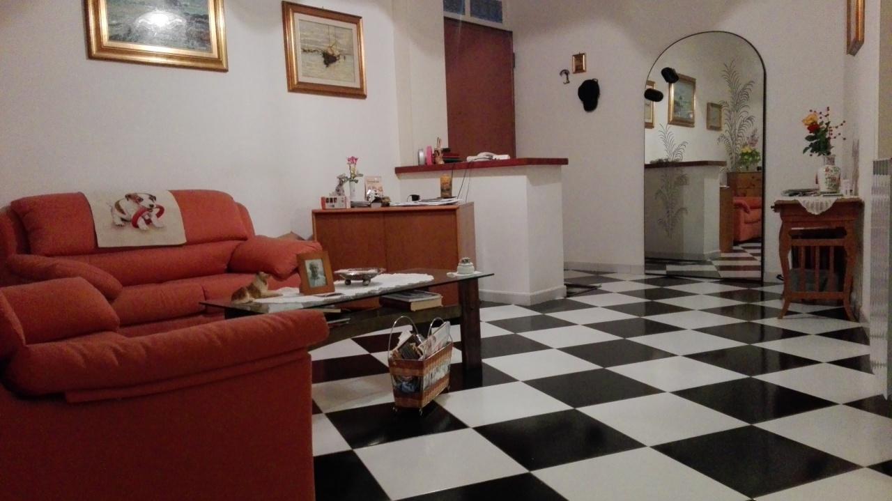 Appartamento ristrutturato arredato in vendita Rif. 5323939