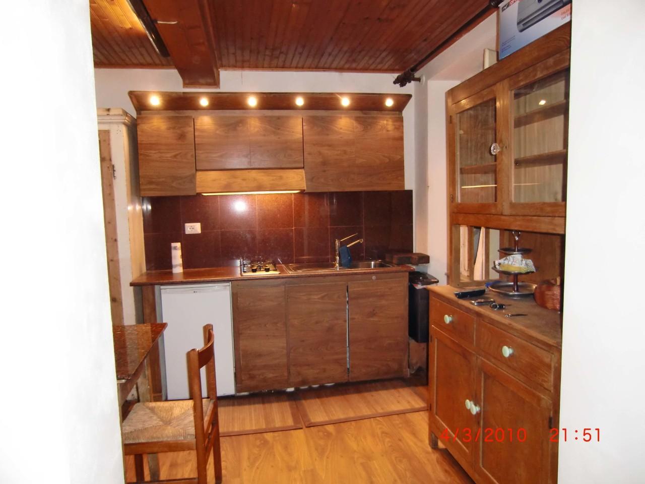 Casa Indipendente arredato in affitto Rif. 10306424