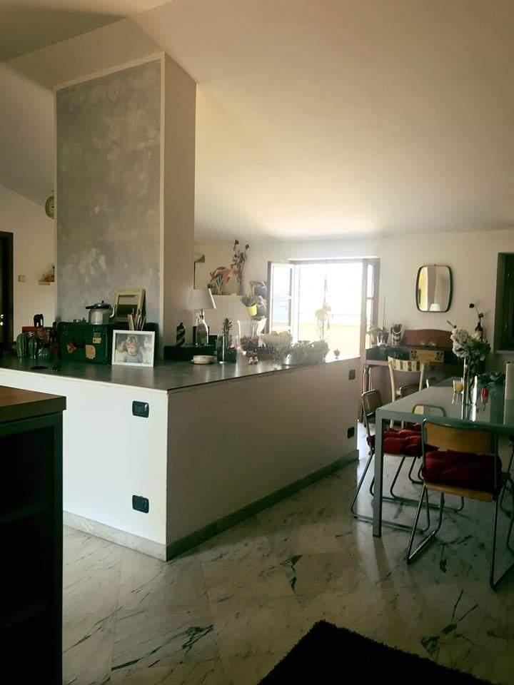 Villetta a schiera in buone condizioni in vendita Rif. 11512021