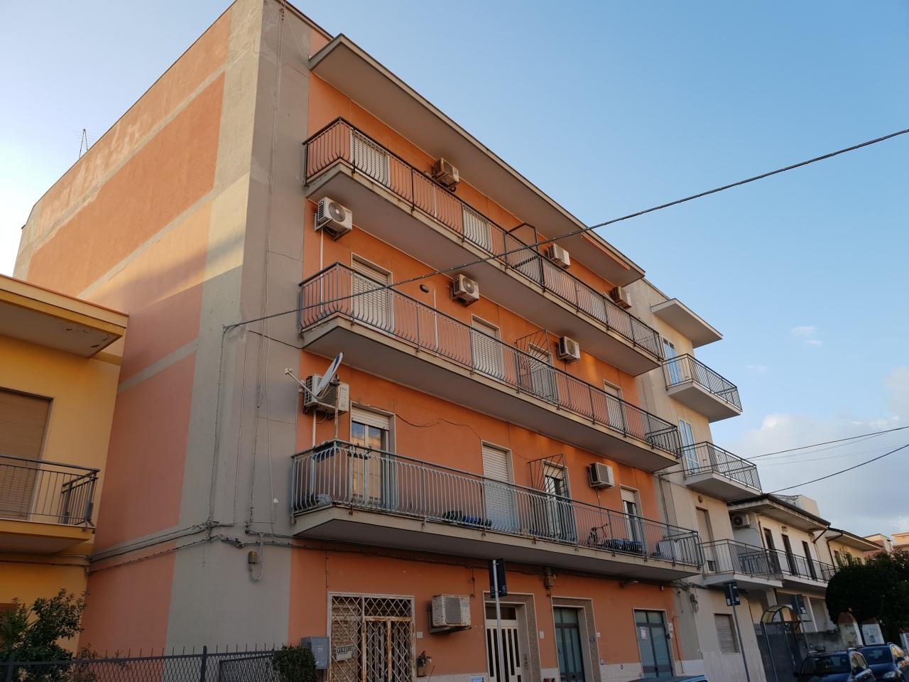 Appartamento - Trilocale a Tisia Tica Zecchino Filisto, Siracusa