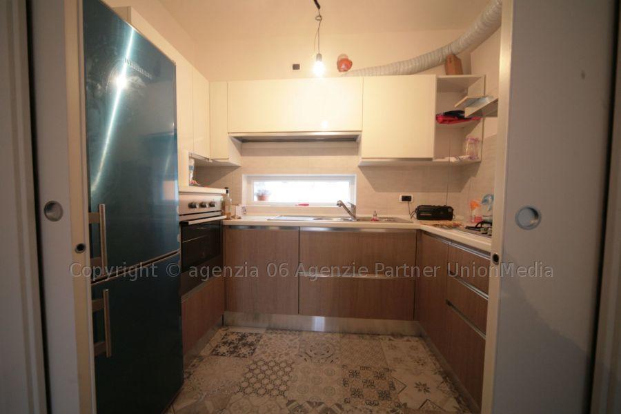 Soluzione Semindipendente in affitto a Arcola, 7 locali, prezzo € 900 | PortaleAgenzieImmobiliari.it