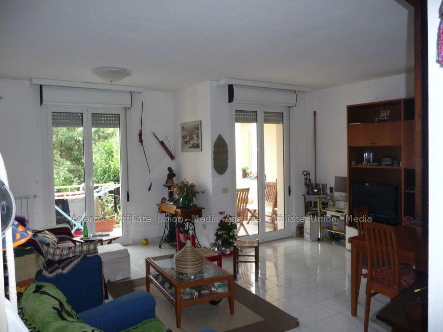 Appartamenti a Vezzano Ligure