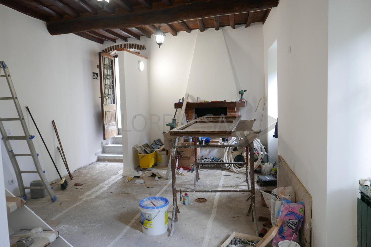 Porzione di casa ristrutturato in vendita Rif. 10015495