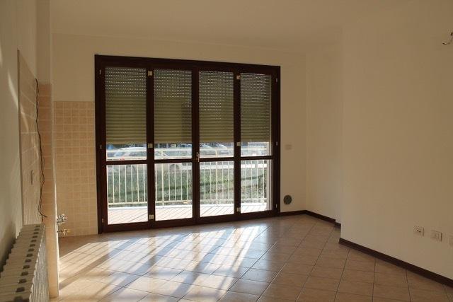 Appartamento in ottime condizioni arredato in vendita Rif. 11702471
