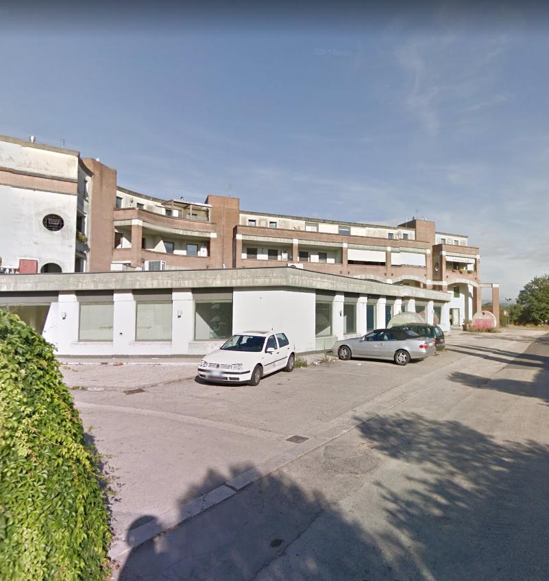 Locale commerciale a Osteria Della Fontana, Anagni Rif. 10176191