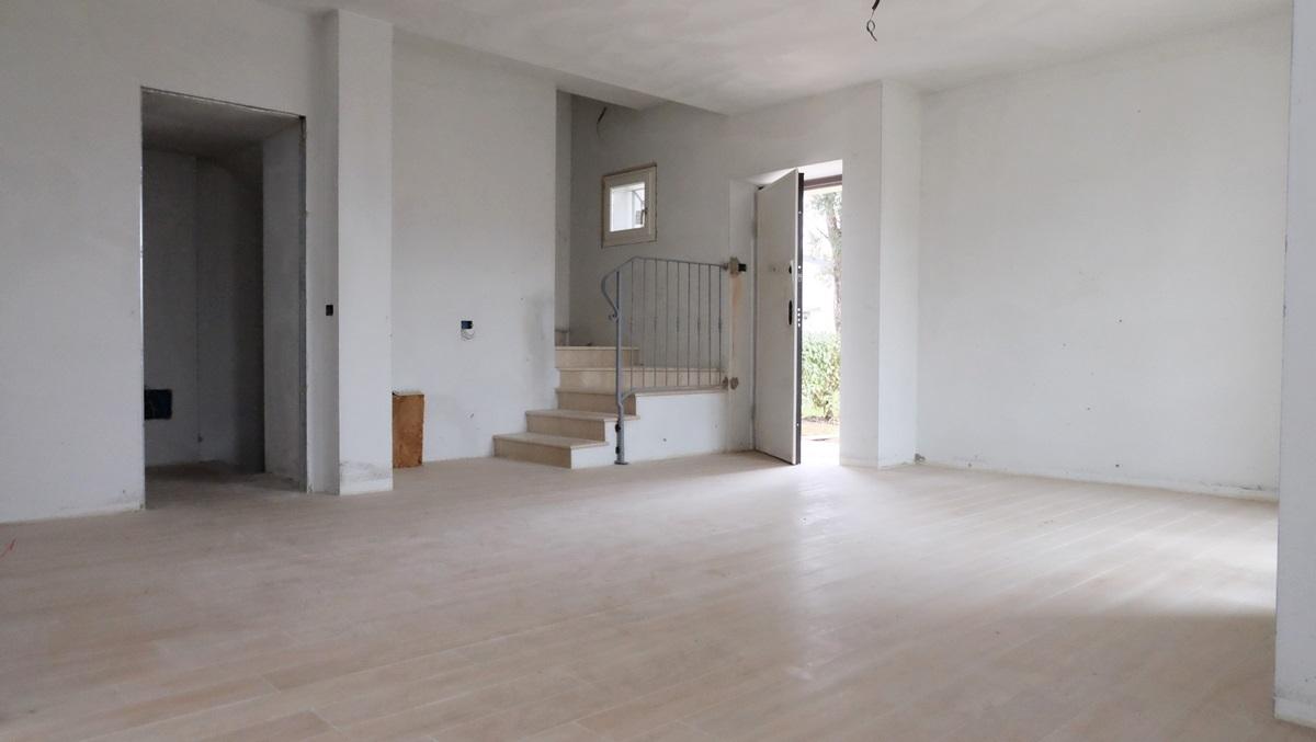 Villetta a schiera in ottime condizioni in vendita Rif. 9534308