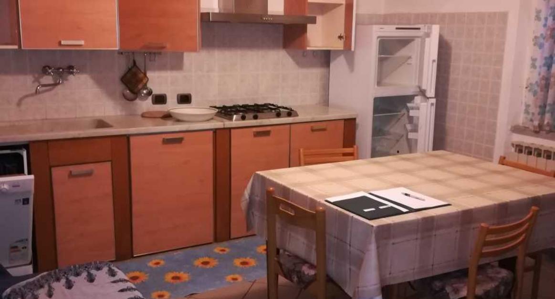 Appartamento in buone condizioni in vendita Rif. 9191162