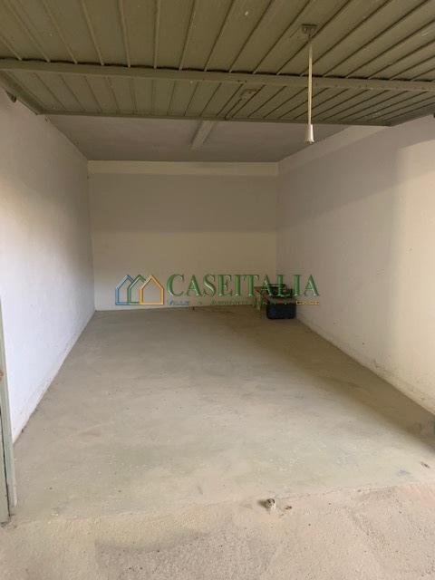 Box e posti auto in buone condizioni in vendita Rif. 12023205