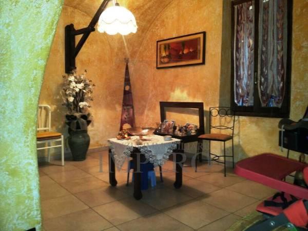 Appartamento in vendita a Dolceacqua, 4 locali, prezzo € 150.000 | PortaleAgenzieImmobiliari.it