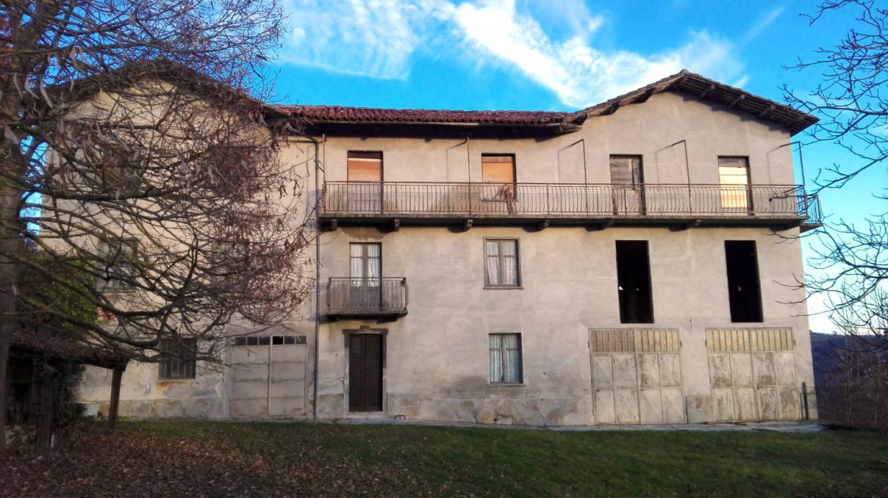 Soluzione Indipendente in vendita a Murazzano, 10 locali, prezzo € 180.000 | PortaleAgenzieImmobiliari.it