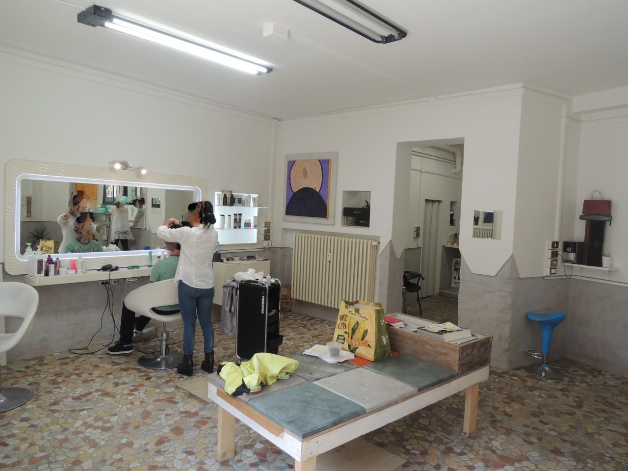 Locale commerciale - 1 Vetrina a Buon Pastore, Modena