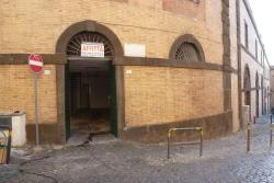Negozio in Affitto a Frascati, 1'100€, 75 m²