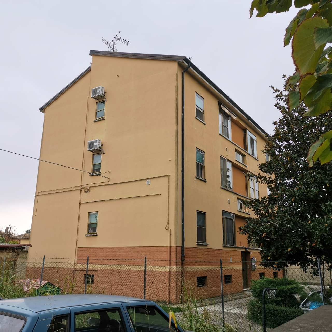 Appartamento in vendita a Baricella, 3 locali, prezzo € 48.000 | CambioCasa.it