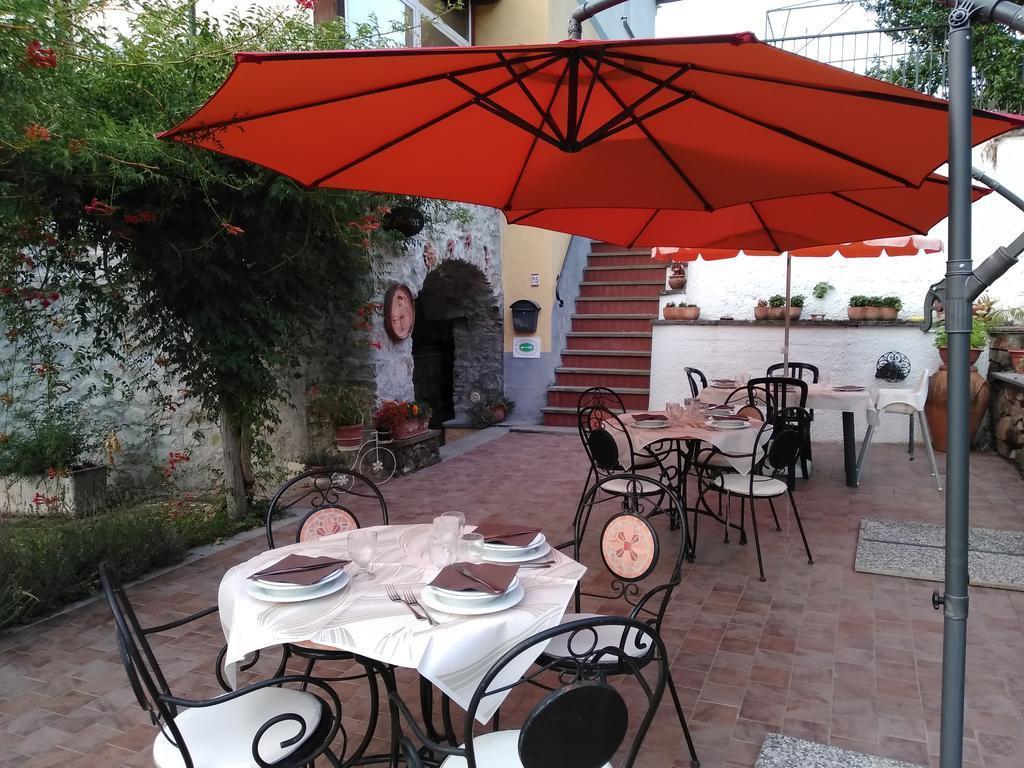 Rustico / Casale in vendita a Beverino, 8 locali, prezzo € 330.000 | PortaleAgenzieImmobiliari.it