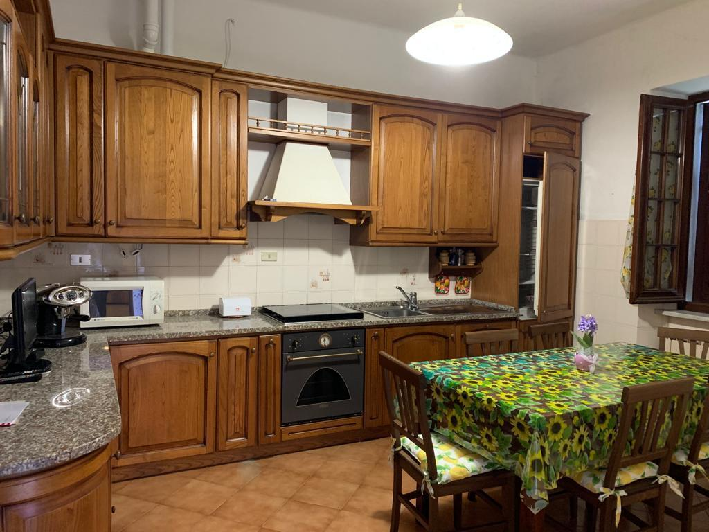 Casa Indipendente in buone condizioni in vendita Rif. 9847300