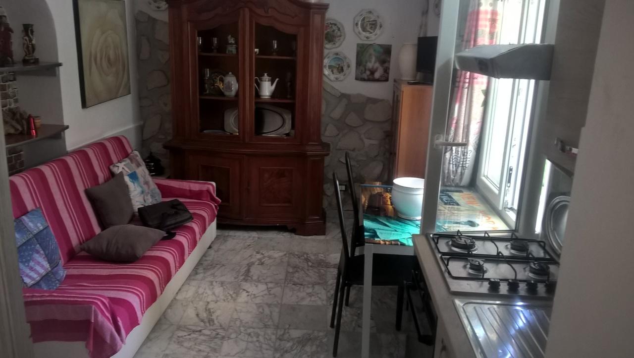Bilocale arredato in affitto Rif. 7055190