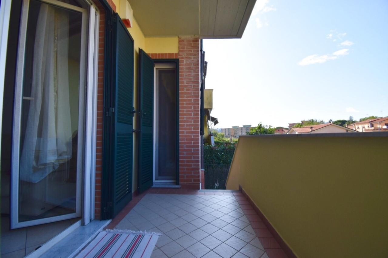 Appartamento in vendita a Santo Stefano di Magra, 4 locali, prezzo € 220.000 | PortaleAgenzieImmobiliari.it