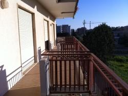 Appartamento in Vendita a Siracusa, zona Pizzuta Scala Greca, 245'000€, 230 m², con Box