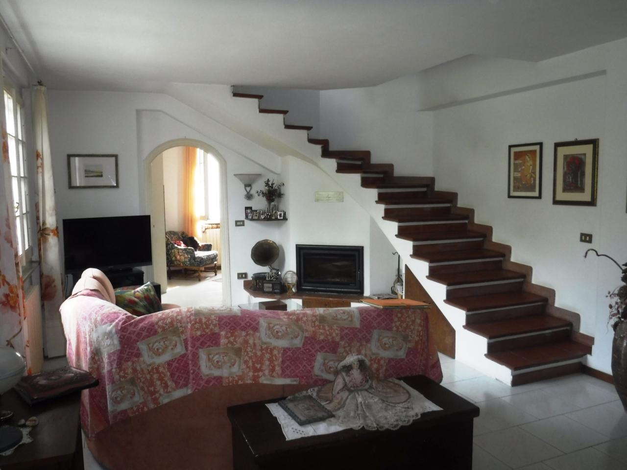 Case - Casa indipendente a San Lazzaro, Sarzana