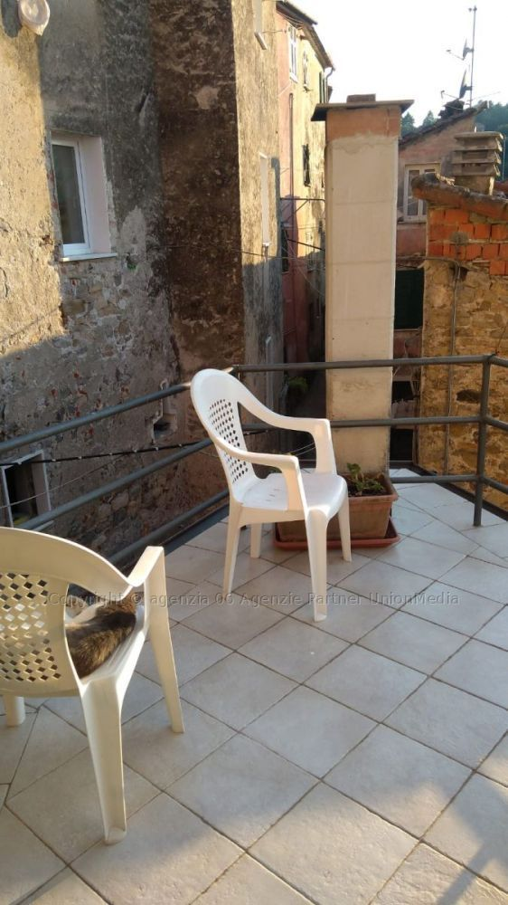 Appartamenti - Appartamento indipendente a Arcola