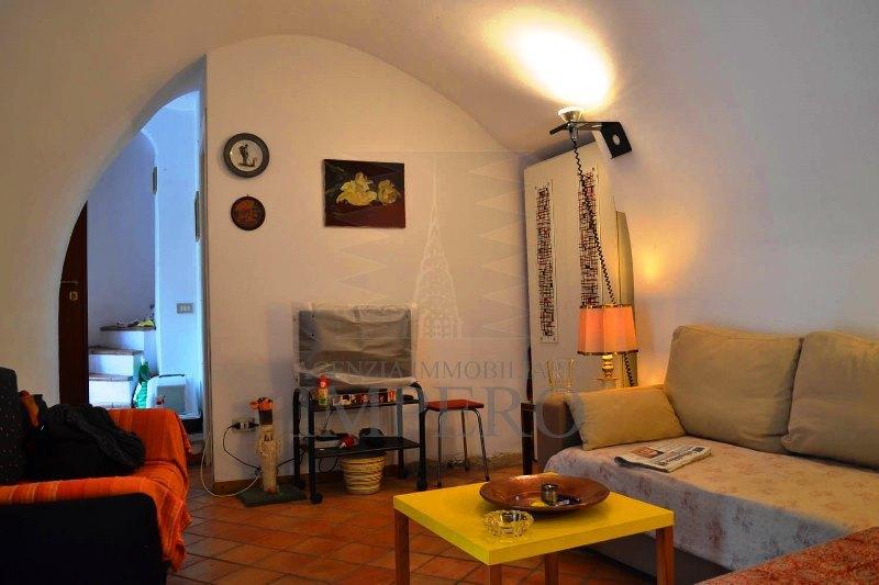 Appartamento in vendita a Olivetta San Michele, 4 locali, prezzo € 90.000 | PortaleAgenzieImmobiliari.it