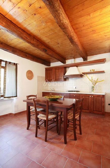 Semindipendente - Porzione di casa a Ceserano, Fivizzano