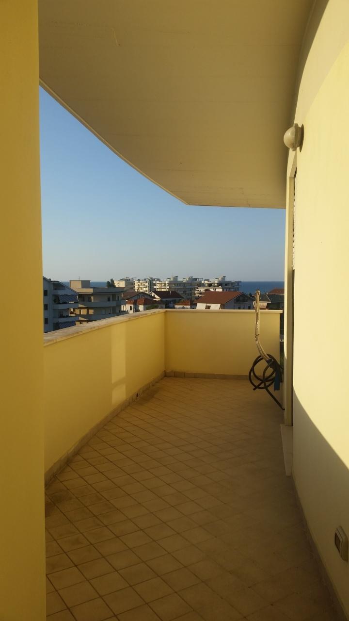 Appartamento in vendita a Francavilla al Mare, 3 locali, prezzo € 180.000 | PortaleAgenzieImmobiliari.it