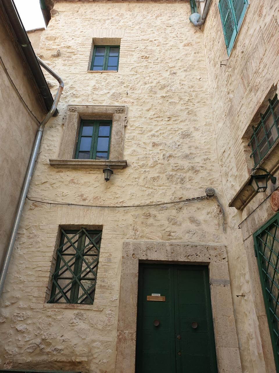 Casa Indipendente in discrete condizioni in vendita Rif. 11139039