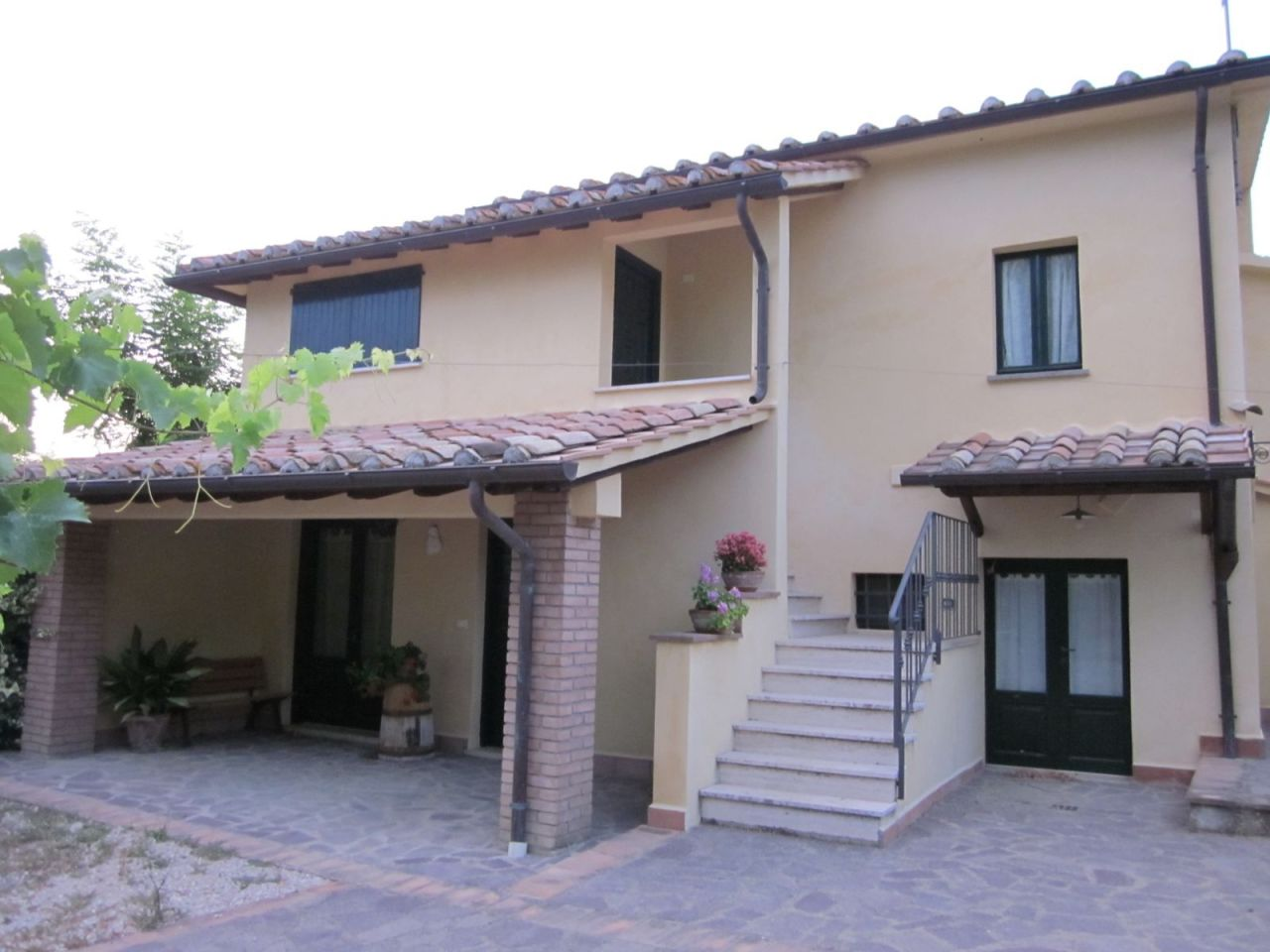 Porzione di casa ristrutturato in vendita Rif. 4155728